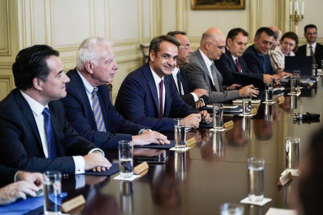 Ανασχηματισμός : Αυτά είναι τα τρία νέα πρόσωπα που μπαίνουν στην κυβέρνηση | tanea.gr