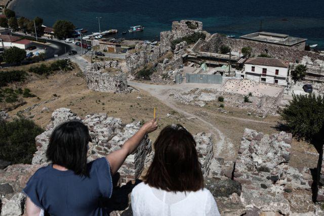 Σακελλαροπούλου : Υποχρέωση όλων μας να τηρήσουμε τα μέτρα για τον κοροναϊό | tanea.gr