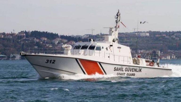 Τουρκική θαλαμηγός επιχείρησε να εμβολίσει σκάφος του Λιμενικού | tanea.gr