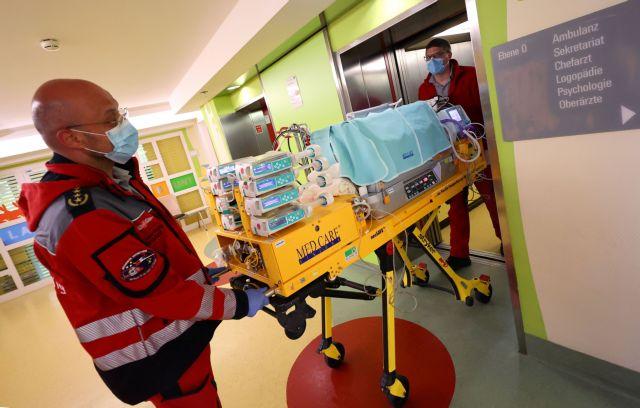 Θάνατος βρέφους που έπασχε από καρδιοπάθεια αφού προσβλήθηκε από κοροναϊό | tanea.gr