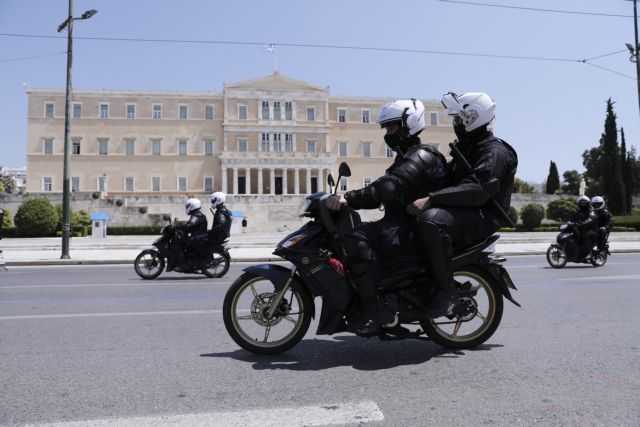 Κοροναϊός : Σε επταήμερη καραντίνα 12 αστυνομικοί Α.Τ Αγίου Παντελεήμονα | tanea.gr