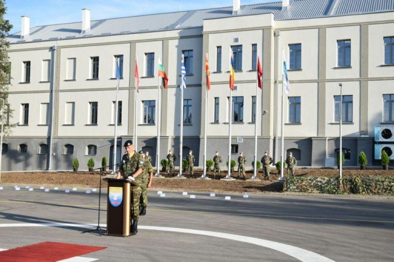 NATO : Έλληνας ο νέος διοικητής της Πολυεθνικής Ταξιαρχίας Ν.Α. Ευρώπης | tanea.gr