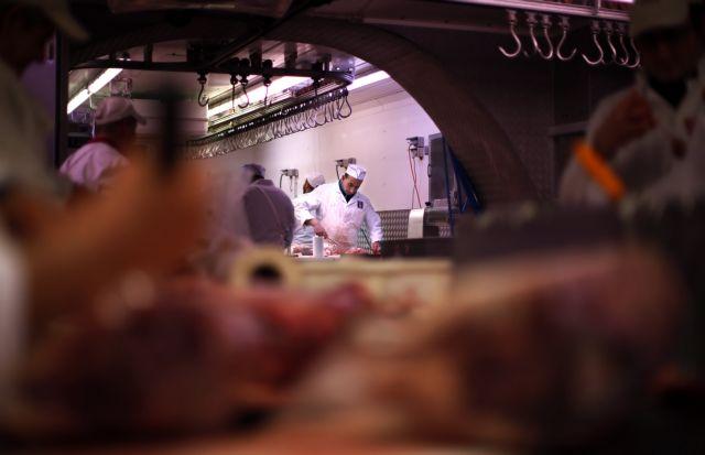 Βέλγιο: Τουλάχιστον 50 εργαζόμενοι σε σφαγείο θετικοί στον κοροναϊό | tanea.gr