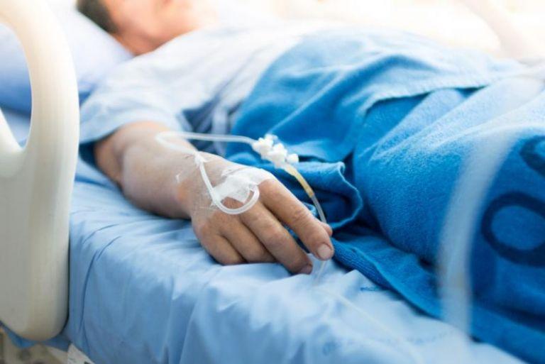 Κοροναϊός: Εσπευσμένα σε νοσοκομείο του Ηρακλείου σε ειδική κάψουλα 17χρονος | tanea.gr