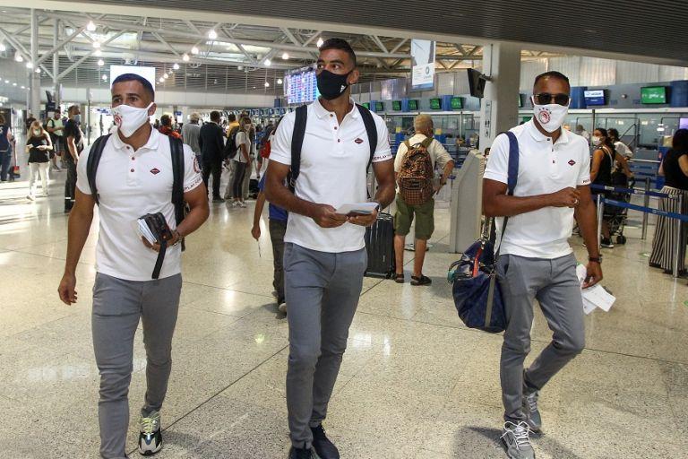 Europa League : Πέταξε για Αγγλία η αποστολή του Ολυμπιακού   tanea.gr