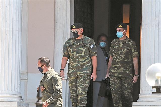 «Κόκκινος συναγερμός» στις Ενοπλες Δυνάμεις   tanea.gr