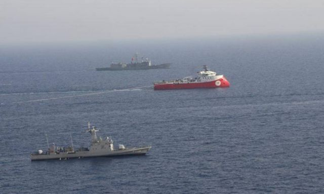 Τσελίκ: Δεν εκχωρούμε ούτε μια σταγόνα θάλασσας της Γαλάζιας Πατρίδας - Παίζουν θέατρο οι Έλληνες | tanea.gr
