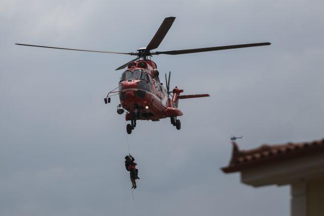 Εύβοια: Δείτε τη διάσωση εγκλωβισμένου με ελικόπτερο   tanea.gr