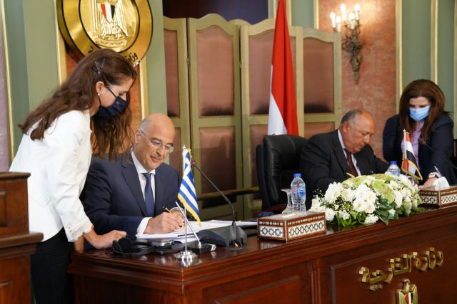 Εκνευρισμός στην Τουρκία που απειλεί για τη συμφωνία Ελλάδας - Αιγύπτου   tanea.gr