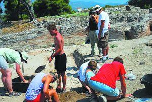 Miltiadis Marinakis Endowed Professorship: A bridge between Greece and the US   tanea.gr