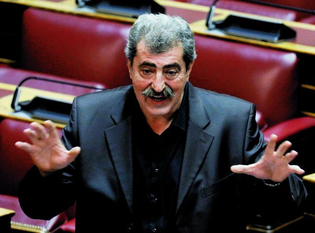 Στο πλευρό του Γαβρόγλου ο Πολάκης για το σεξιστικό σχόλιο   tanea.gr