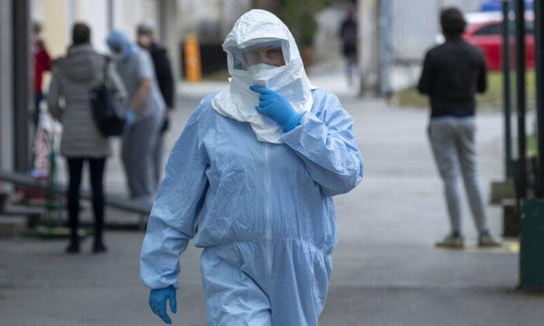 Δημόπουλος : Εντός των τειχών ο υψηλότερος κίνδυνος μετάδοσης του ιού | tanea.gr