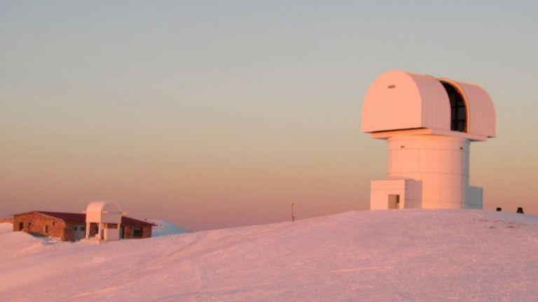 H ESA επιλέγει το Αστεροσκοπείο Χελμού για το «ευρυζωνικό δίκτυο του Διαστήματος» | tanea.gr