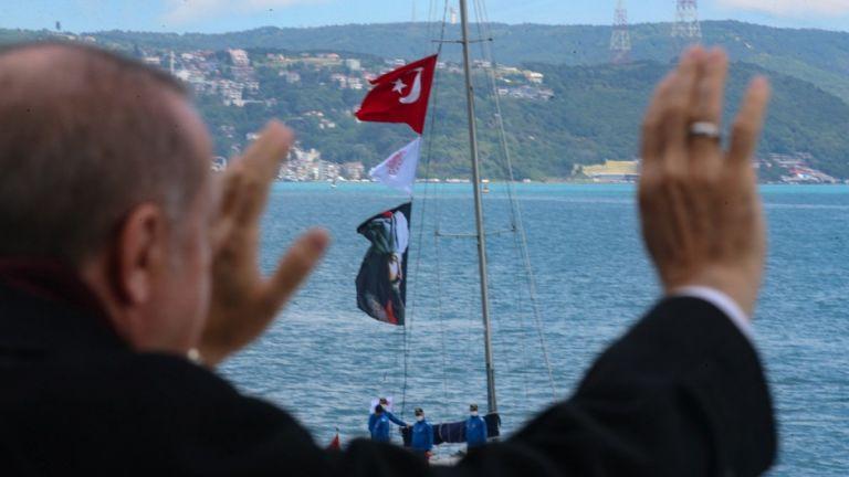 Τι γιορτάζουν οι Τούρκοι στις 30 Αυγούστου με πλήθος ανθελληνικών εκδηλώσεων | tanea.gr