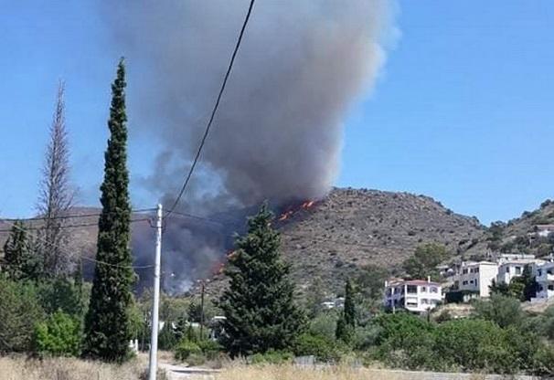 Φωτιά στην Αίγινα | tanea.gr