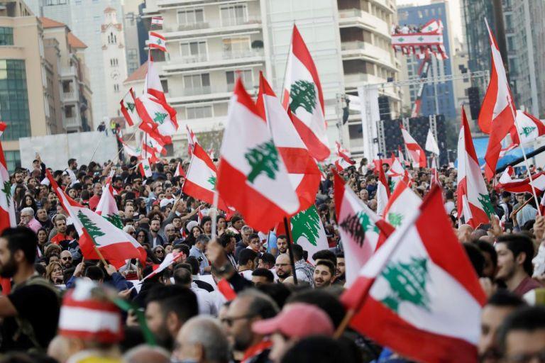 Βηρυτός: Οργισμένες διαδηλώσεις στον απόηχο της εθνικής τραγωδίας   tanea.gr