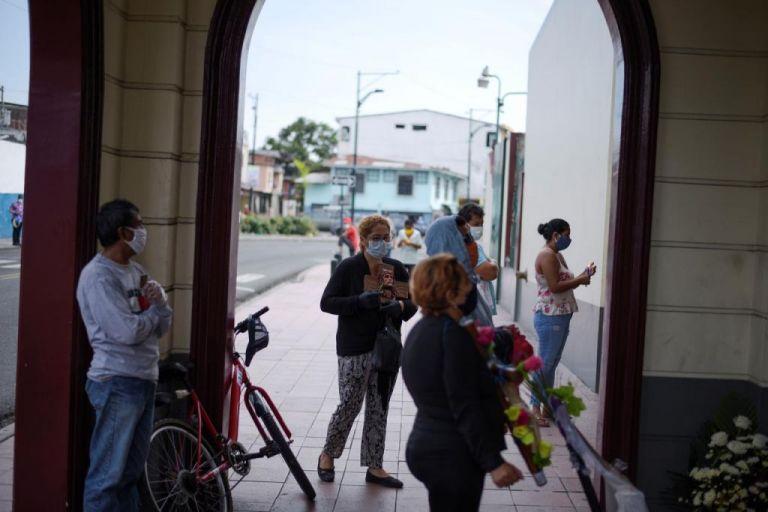 Εκουαδόρ : Πάνω από 100.000 τα κρούσματα – Παρατείνεται η κατάσταση έκτακτης ανάγκης | tanea.gr