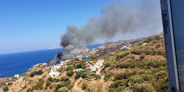Στο αυτόφωρο οι δυο συλληφθέντες για τη φωτιά στην Αγία Πελαγία | tanea.gr