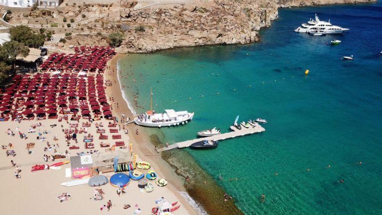 Κλειστό beach bar στη Μύκονο λόγω κρούσματος | tanea.gr
