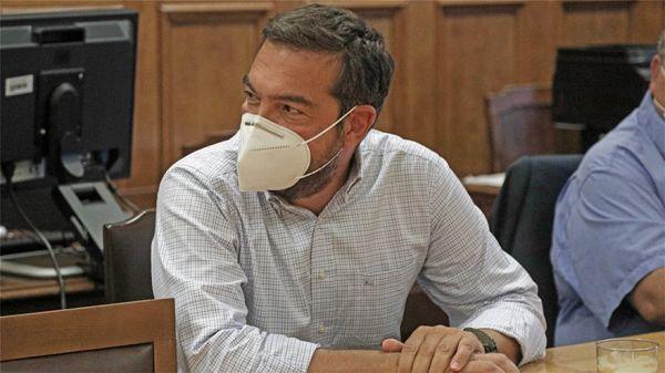 Πρόεδρε κόψε το… μούσι | tanea.gr