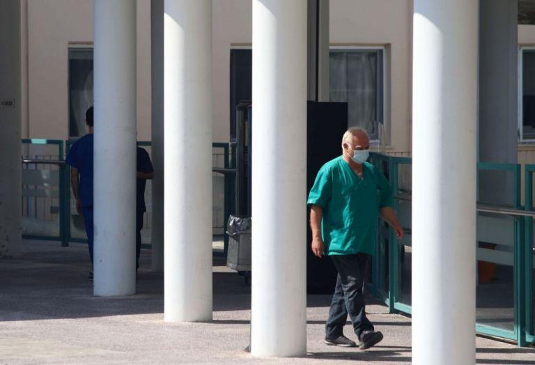 Κοροναϊός : Στους 280 οι νεκροί - Κατέληξε 86χρονη στο ΑΧΕΠΑ | tanea.gr