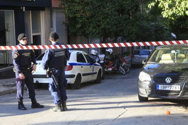 Σε εξέλιξη επιχείρηση της Αντιτρομοκρατικής – Τρεις συλλήψεις | tanea.gr