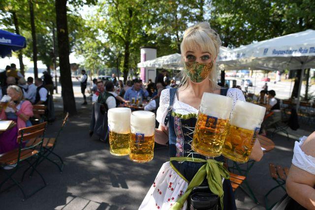Κοροναϊός: Υποχρεωτική χρήση μάσκας και στους δημόσιους χώρους στο Μόναχο | tanea.gr