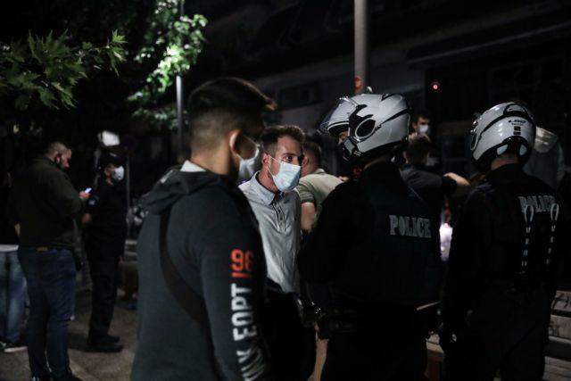 Συνεχίζεται η «μάχη της πλατείας» – Περιπολίες της ΕΛ.ΑΣ. με ηχογραφημένο μήνυμα   tanea.gr