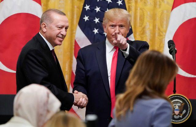 Ο Τραμπ «αποθεώνει» τον Ερντογάν: «Όσο χειρότερος… τόσο το καλύτερο» | tanea.gr