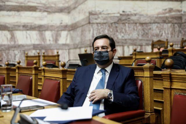 Μηταράκης για Καμένα Βούρλα: Ακραία φαινόμενα εναντίον ασυνόδευτων παιδιών | tanea.gr