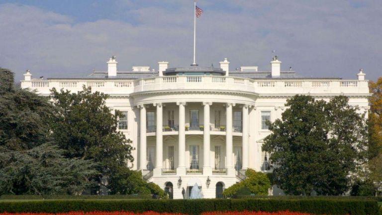 Συναγερμός στον Λευκό Οίκο: Έστειλαν φάκελο με θανατηφόρο ουσία | tanea.gr