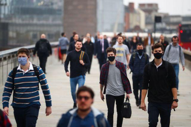 Βρετανία: Εφιαλτική πρόβλεψη για 50.000 κρούσματα κοροναϊού την ημέρα | tanea.gr