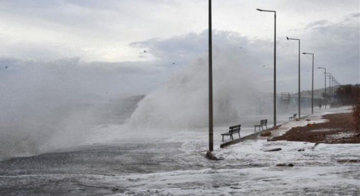 Καιρός Ιανός: Τρομάζουν οι προβλέψεις των μετεωρολόγων - Με 100 χλμ. την ώρα οι άνεμοι - Εως 200 τόνοι νερού ανά στρέμμα   tanea.gr