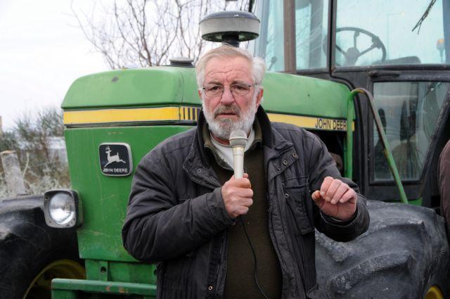 ΚΚΕ: Εμβληματική μορφή του αγροτικού κινήματος της χώρας ο Βαγγέλης Μπούτας | tanea.gr