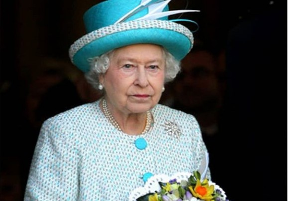 Η πανδημία «ξετινάζει» οικονομικά την βασίλισσα Ελισάβετ | tanea.gr