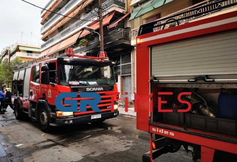 Θεσσαλονίκη: Φωτιά σε υπόγειο σούπερ μάρκετ στην Κάτω Τούμπα   tanea.gr