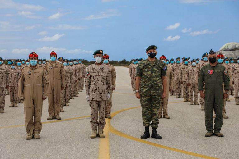 Επίσημη επίσκεψη του αρχηγού των Ενόπλων Δυνάμεων των ΗΑΕ – Συνάντηση με τον ΑΓΕΕΘΑ Φλώρο | tanea.gr