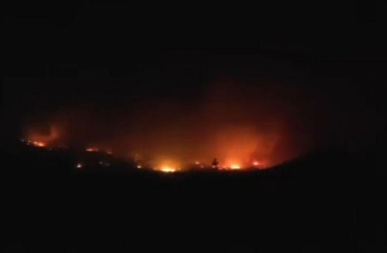 Αλεξανδρούπολη: Συνεχίζεται η μάχη με τις φλόγες – Ξεκίνησαν ρίψεις τα εναέρια μέσα | tanea.gr