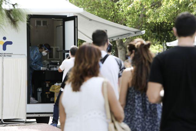 Ανεξέλεγκτη η εξάπλωση του κοροναϊού στην Αττική - Κάθε ηλικίας οι διασωληνωμένοι | tanea.gr