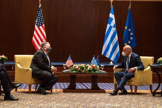 Δένδιας: Διαρκώς ενισχυόμενη εταιρική σχέση με τις ΗΠΑ | tanea.gr