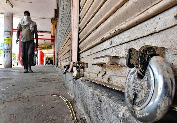Αντέχει ή δεν αντέχει η οικονομία νέο lockdown; Οι φόβοι και οι προσδοκίες | tanea.gr
