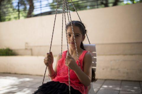 «Η Κρήτη μάς έχει αγκαλιάσει» - Η συγκινητική αξομολόγηση οικογένειας προσφύγων από τη Συρία   tanea.gr