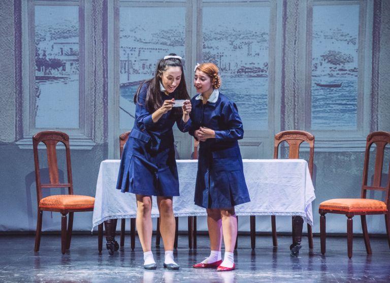Καπλάνι της βιτρίνας: Το κλασικό έργο της Άλκης Ζέη επιστρέφει στο Βεάκειο | tanea.gr
