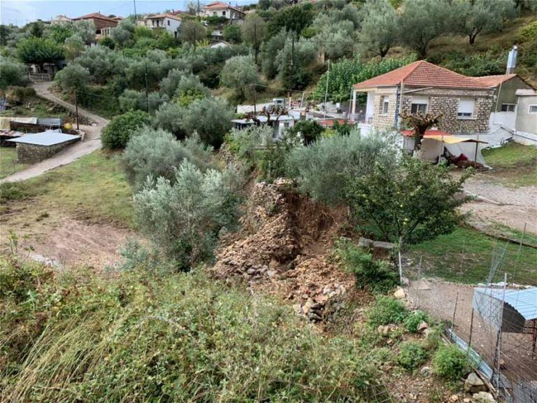 Πλημμύρισαν δρόμοι σε Γιάννενα και Αγρίνιο, ξεριζώθηκαν δέντρα στην Κέρκυρα | tanea.gr