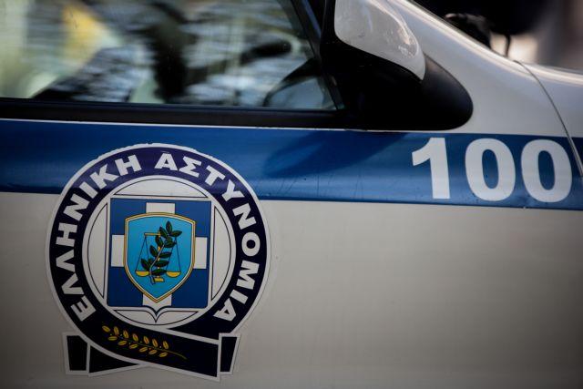 Χανιά: Γυναίκα απειλεί να πέσει από τον τρίτο όροφο πολυκατοικίας | tanea.gr