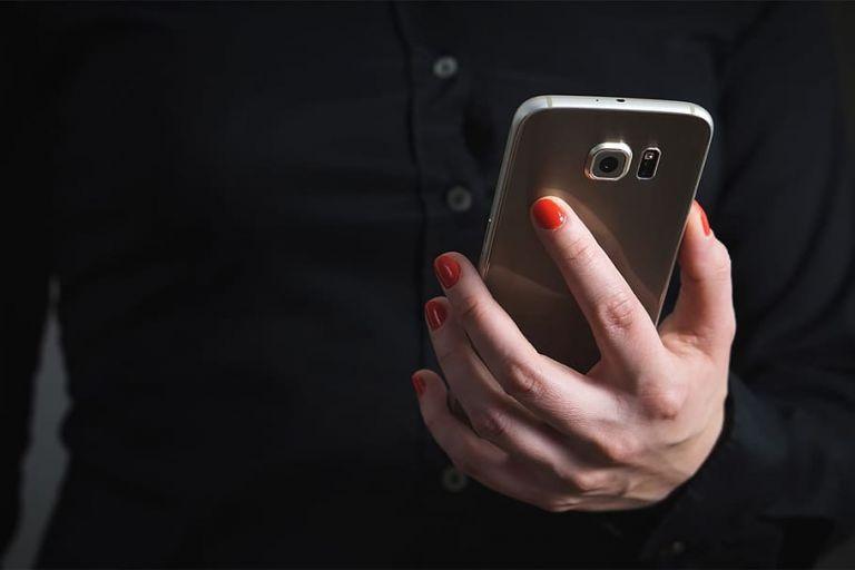 Εξιχνιάστηκαν δύο υποθέσεις πορνογραφίας ανηλίκων μέσω διαδικτύου   tanea.gr