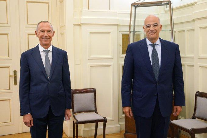 Οι εξελίξεις στην Ανατ. Μεσόγειο στο επίκεντρο της συνάντησης Δένδια με τον Ρώσο πρέσβη   tanea.gr