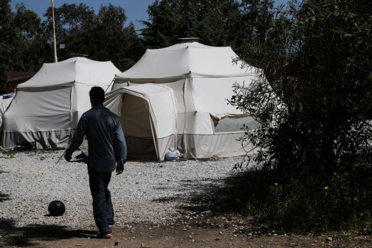 Κλείνει η προσφυγική δομή ΠΙΚΠΑ μετά από «πάγιο αίτημα» των ξενοδόχων | tanea.gr