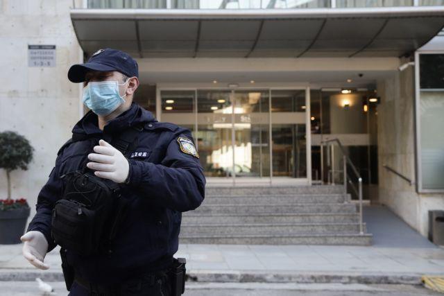 Συναγερμός στην Κρήτη για άτομα που το έσκασαν από ξενοδοχείο καραντίνας   tanea.gr