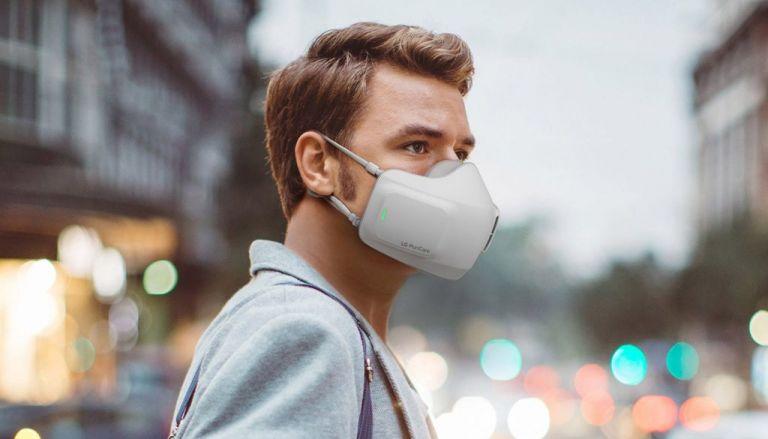 Εφτιαξαν μάσκα προστασίας με μπαταρία   tanea.gr